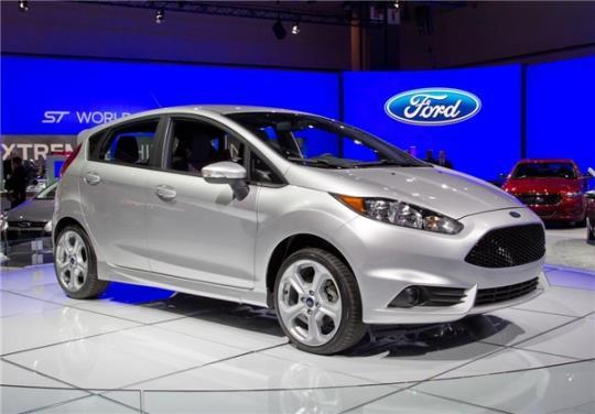 چه خودروهایی را می توان با قیمت خودروهای داخلی در بازار جهانی خرید؟