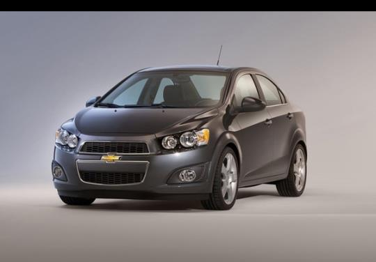 چه خودروهایی را می توان به قیمت خودروهای داخلی در بازار جهانی خرید؟
